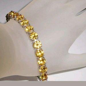 Jewelry - 86 Ct.Bright Yellow Golden Citrine Tennis Bracelet